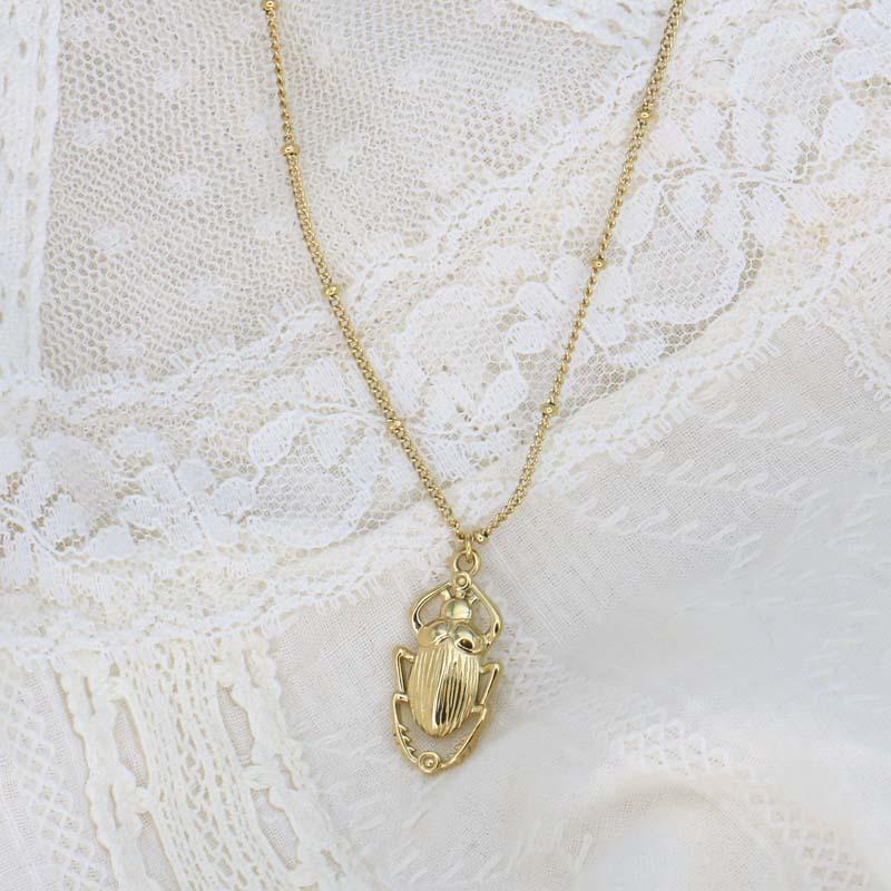 Collier protecteur avec pendentif talisman scarabée en acier inoxydable DAMARYS-doré
